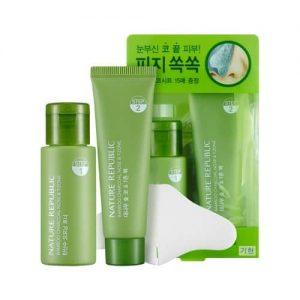 Bộ Lột Mụn Đầu Đen Nature Republic BAMBOO Charcoal Nose & T-zone Pack